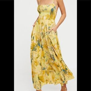 🔥Host Pick🔥Free people printed  maxi dress